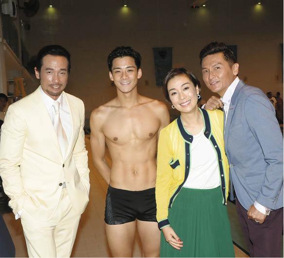 余德丞在《誇》劇中是游泳健將,與現實中曾是港隊代表的背景差不多,劇中他與陳豪、江美儀及關禮傑有對手戲。
