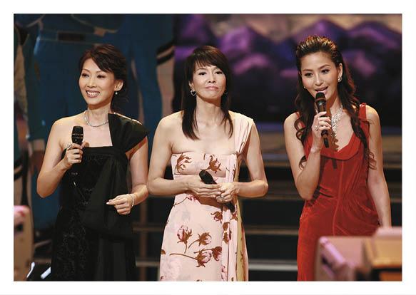 與鄭裕玲、丘凱敏擔任〇六年《香港先生》競選主持。