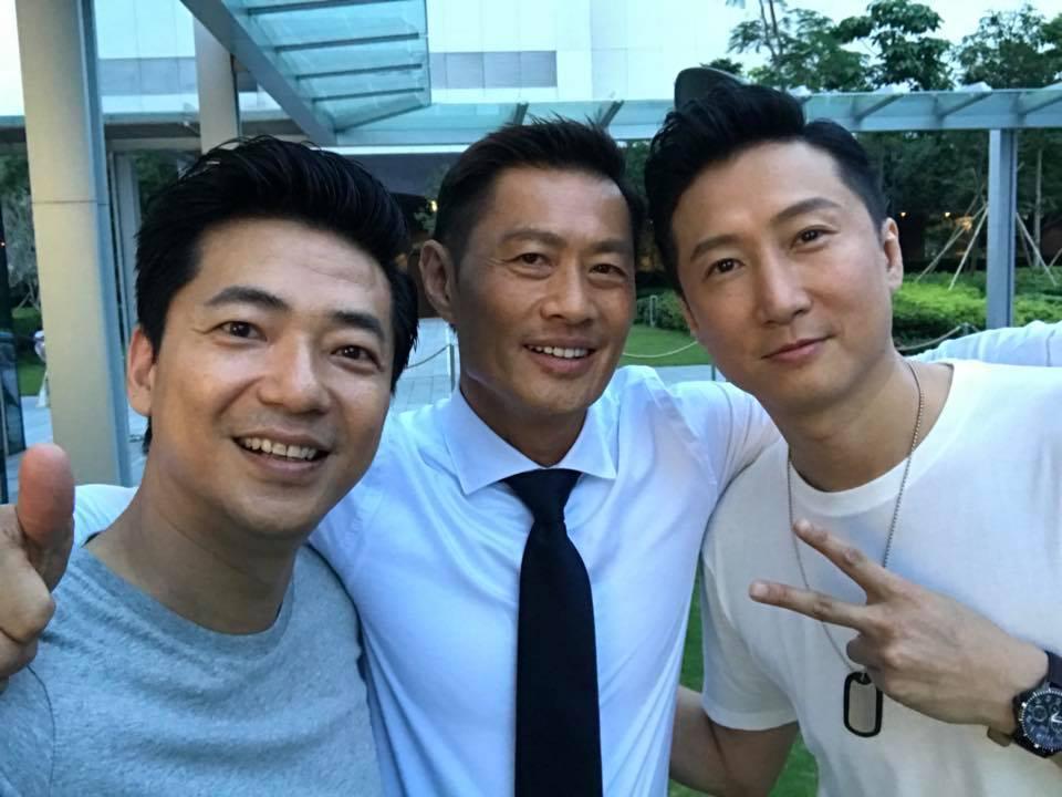 目前他與黃德斌及洪天明為電影《暗黑者》開工。
