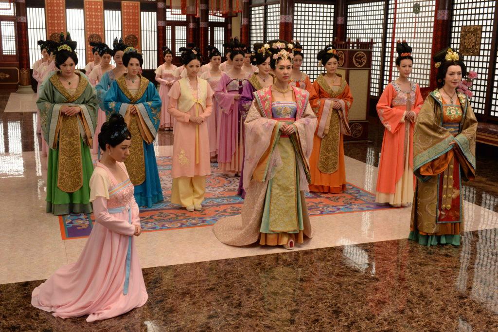 胡定欣指《深宮計》劇情豐富,她在登上皇后之位後,性格會有所改變。