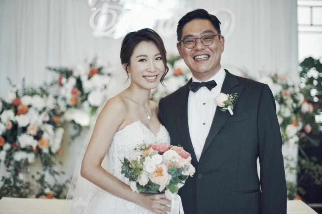 李美慧七月四號在尼斯,老公新買的莊園有另一場盛大婚禮