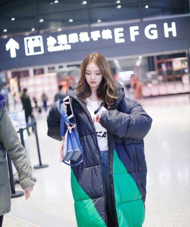「美人魚」林允被問起點解次次去機場都咁有型,她坦白說請攝影師操刀。