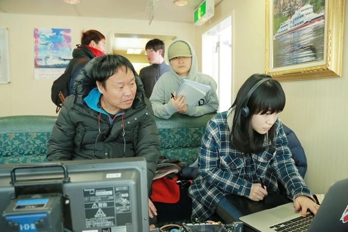郭在容拍過韓國、日本和內地電影,問到不同地方拍攝的有趣分別?導演笑言日本人比韓國人「均真」,在他的片場有規定不能抽煙,被發現就要乖乖交罰金,結果只有日本的工作人員會付帳,韓國的都只會一味拖。