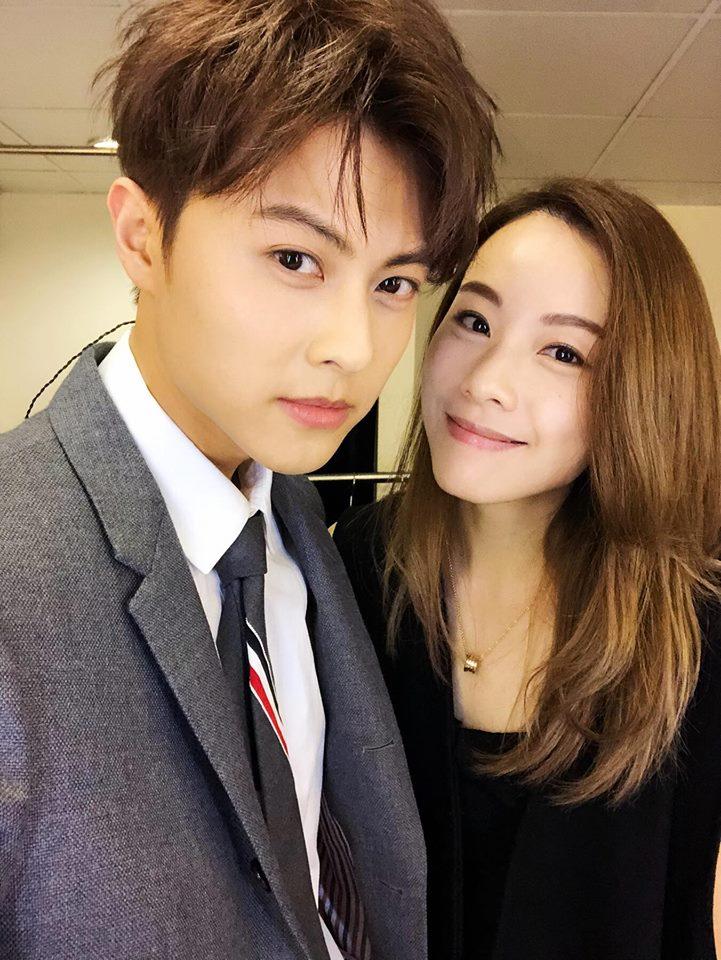 鄧麗欣與台灣前棒棒堂成員王子拍拖,雖然年紀相差五年,但她覺得年齡不是界限。