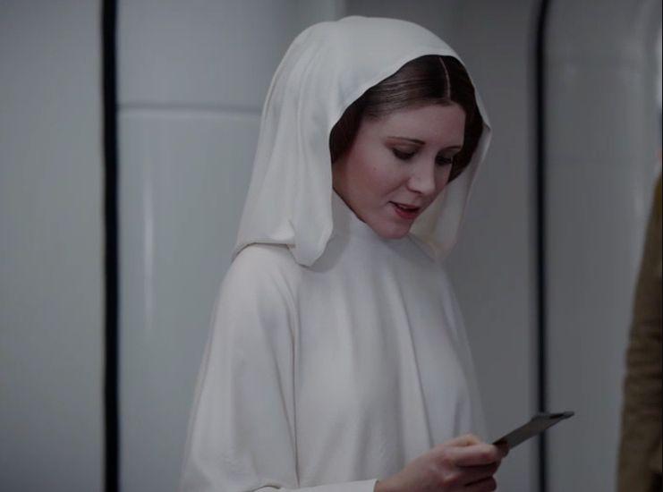 《星際大戰外傳:俠盜一號》曾出現用CG合成的莉亞公主,雖然像真度高,但觀眾反應不一。