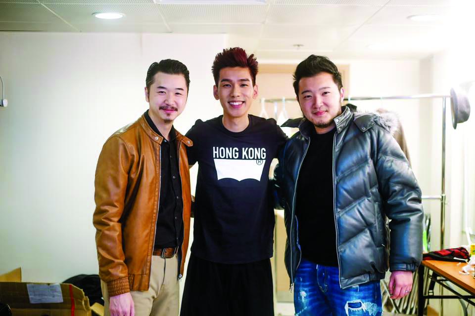 Edward Chan監製、Phil作曲、陳詠謙填詞的《高山低谷》,推出即大受歡迎,成為Phil的代表作。