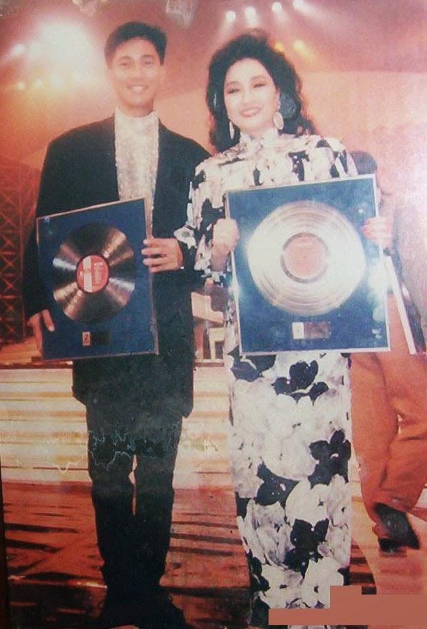陳百強與徐小鳳除了一起拍電影《聖誕快樂》,也是金唱片頒獎禮的常客。
