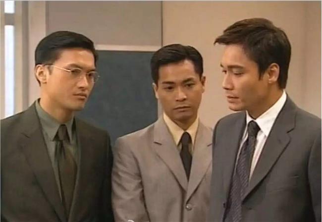 《創世紀》在九九年播出,當年羅嘉良、郭晉安及陳錦鴻的兄弟情及互相在商場角力的劇情,令觀眾難忘。