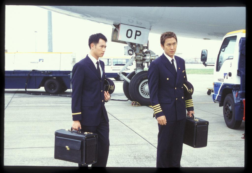馬神在《衝上雲霄》一穿上機師制服,專業人士的說服力就自然流露。