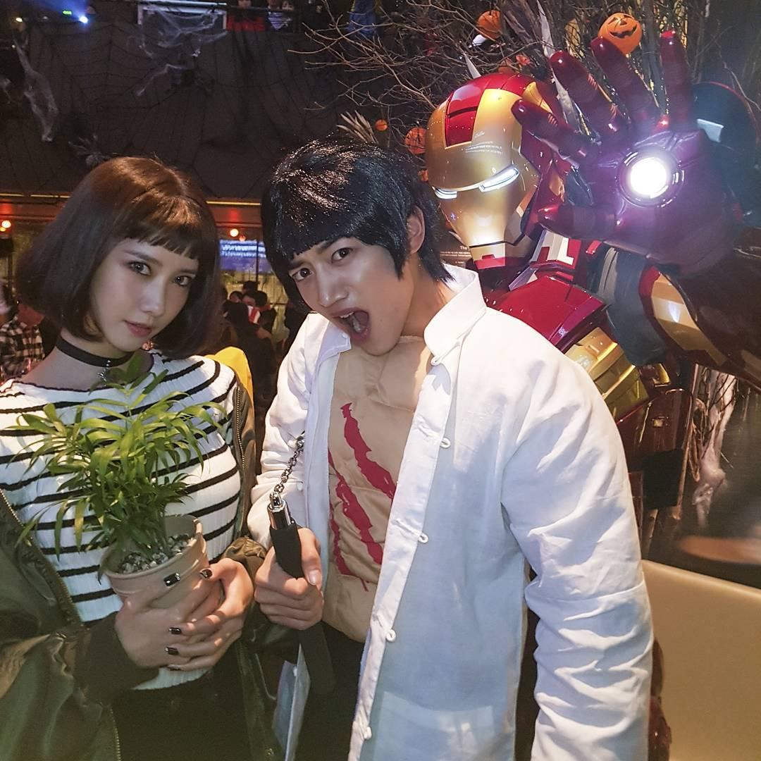 少女時代允兒和SHINee珉豪,大家看得出他們扮什麼嗎?