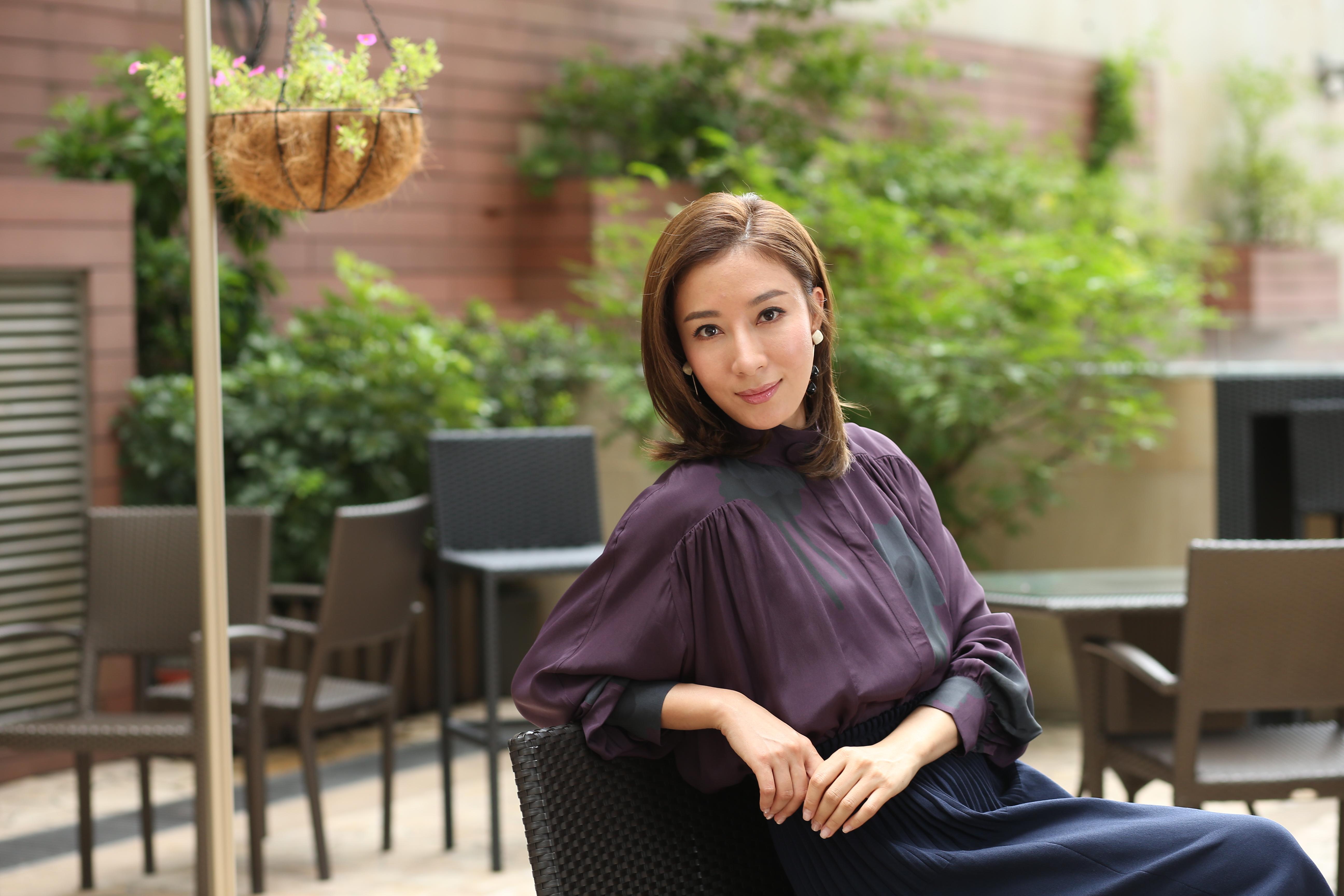楊怡表示入行多年,已捱到身體有不少毛病及痛症,甚至脊椎都出現問題,需要好好調理身體。