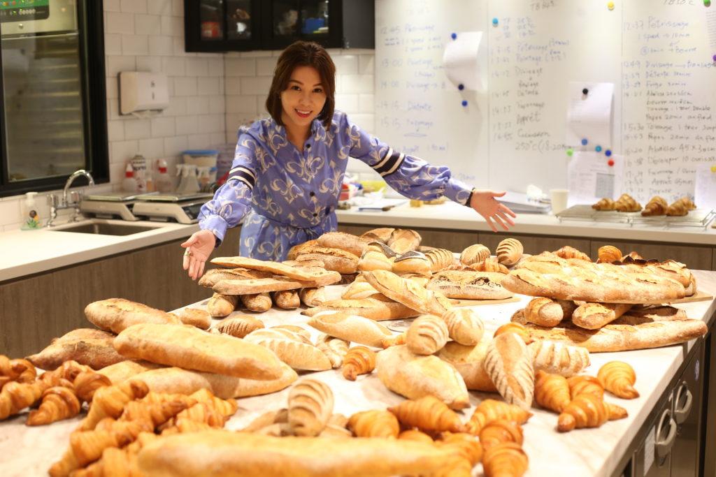 黃婉曼完成法國藍帶麵包課程,才驚覺麵包世界之大,最終開了一間麵包學校培育人才。