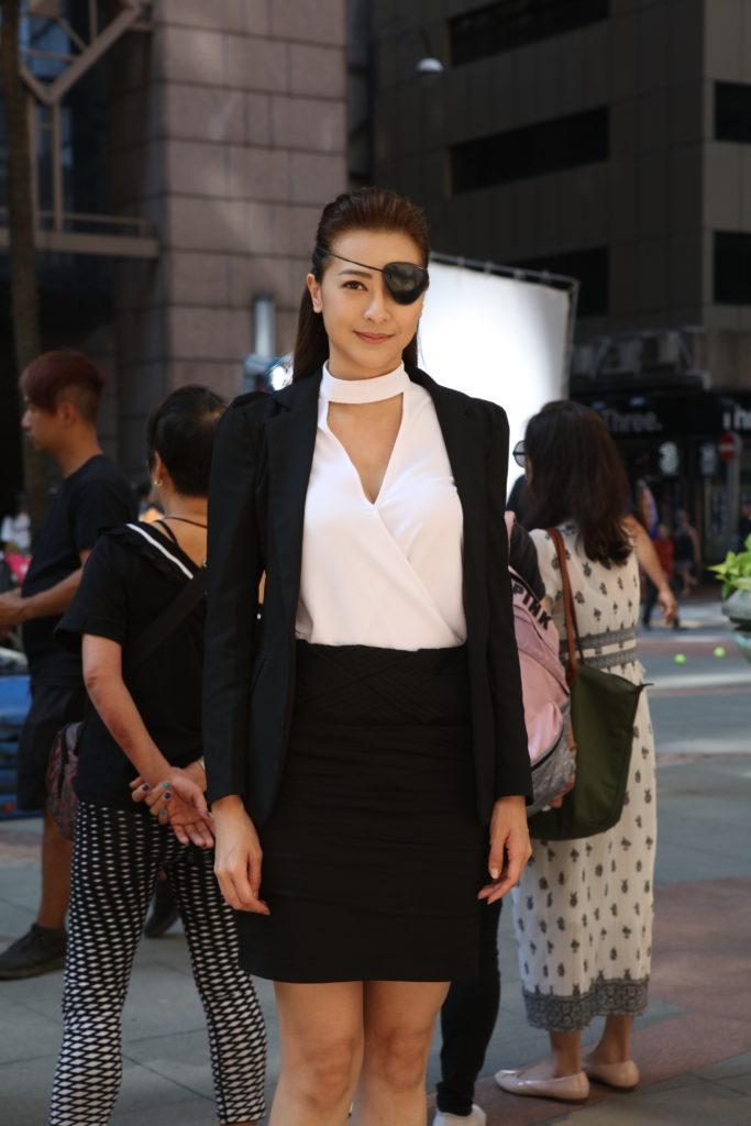 來自馬來西亞的劉芷希(Kimmy),曾在《中華小姐環球大賽》奪得亞軍,戲中飾演秘書。