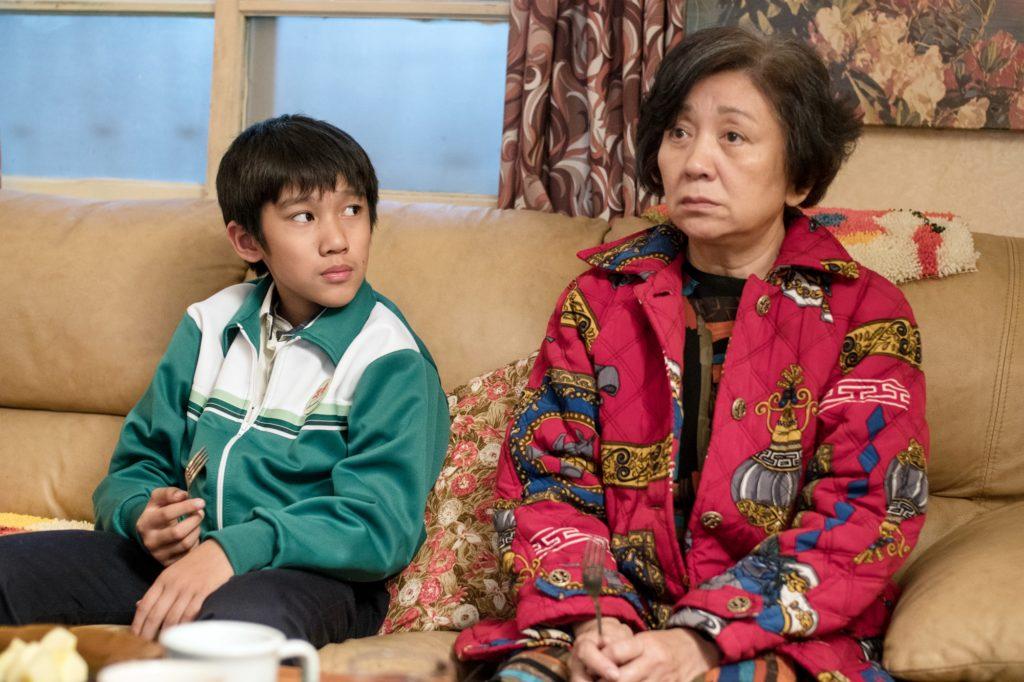 戲中樂觀面對癌病的鮑起靜,遇上一位十歲小孩吳至璿,兩人成為忘年之交。