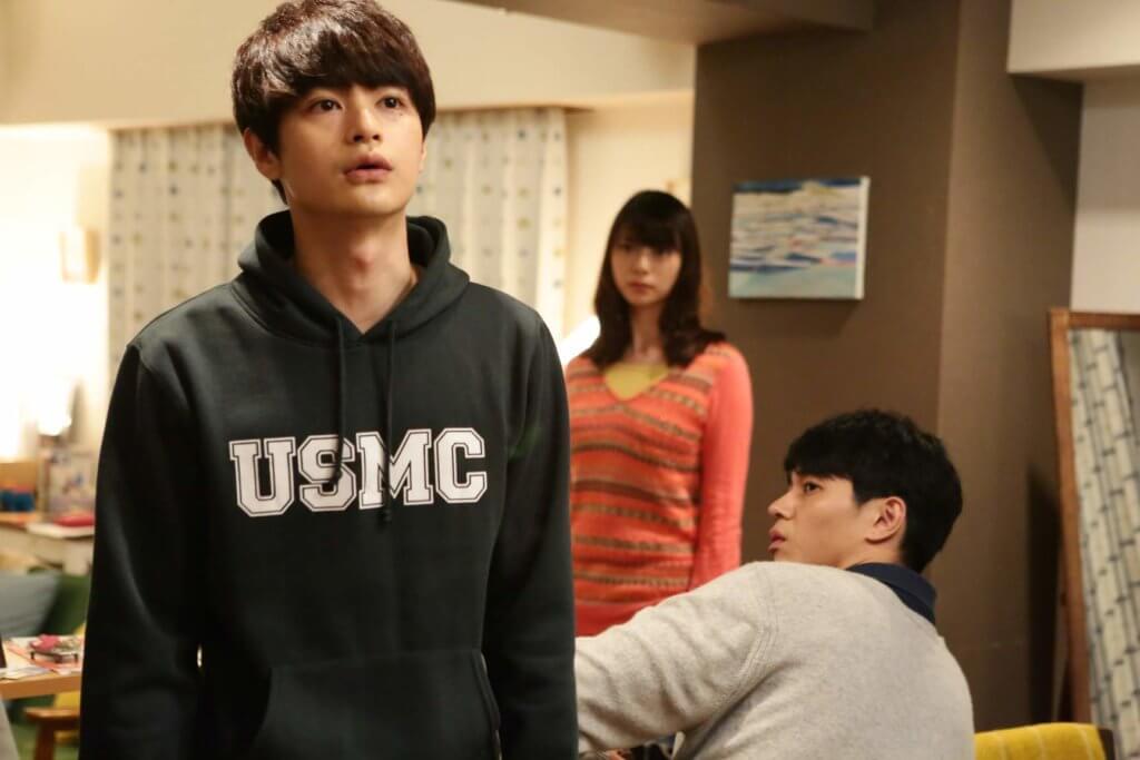 瀨戶康史扮演東出昌大另一角色亮平在東京的同事,戲分不少。