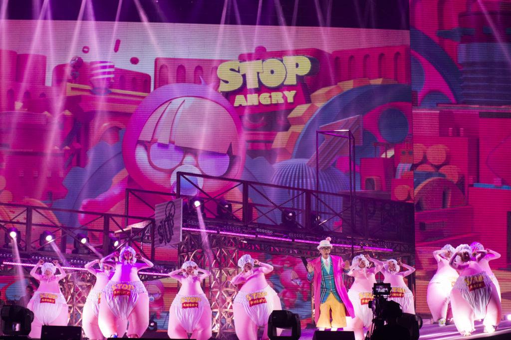 這次《Stop Angry》巡迴演唱會,小春用自己的歌曲記錄了成長階段。