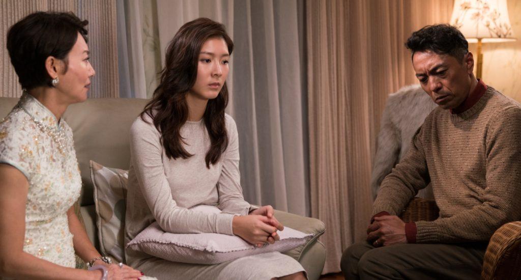 余香凝飾演姜皓文和惠英紅女兒,她打算跟老公離婚時,小紅極力反對。