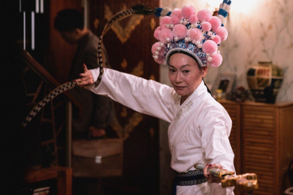 惠英紅飾演的安宜思想傳統和自私,喜歡唱粵曲,她說角色演繹和難度不大。