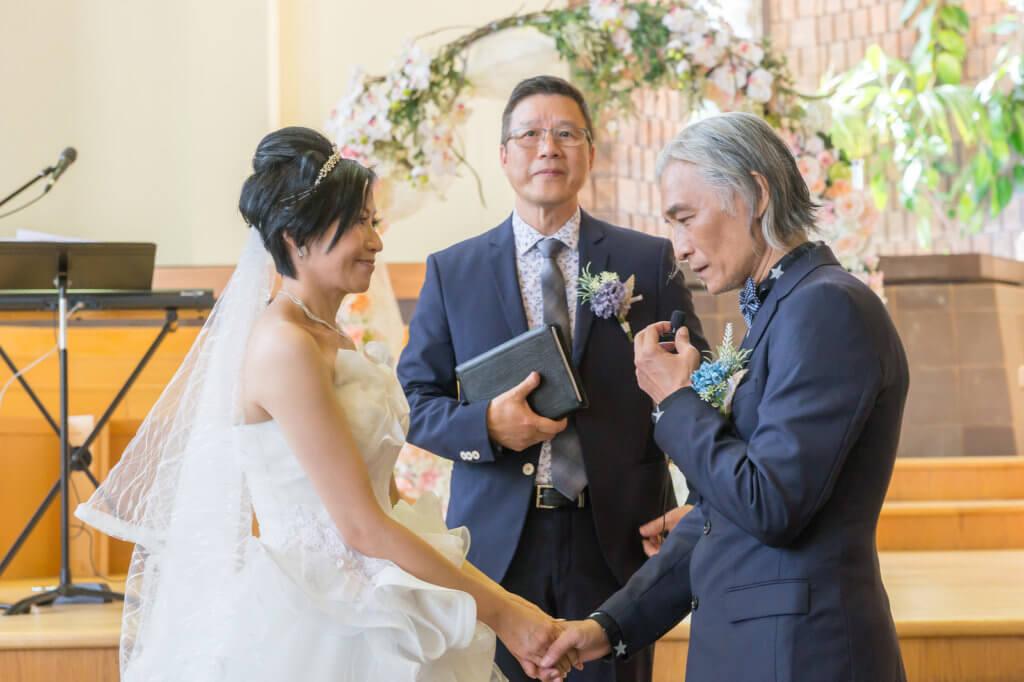 潘源良太太Rita是加拿大籍,二人的婚禮在多倫多以基督教儀式舉行,不少親友都專程飛往當地為一對新人送上祝福。