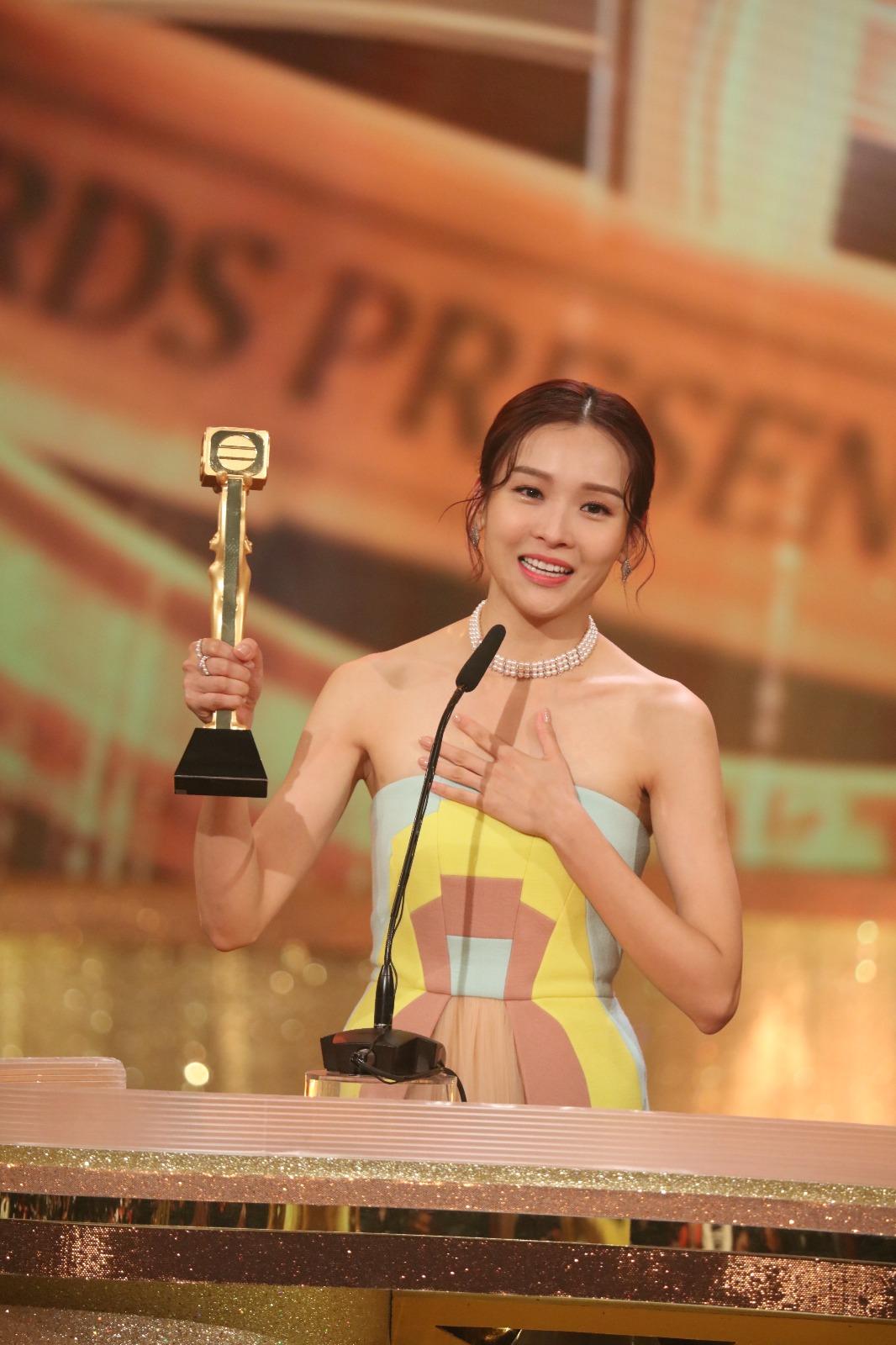 李佳芯演技令觀眾眼前一亮,成功首次獲頒視后。