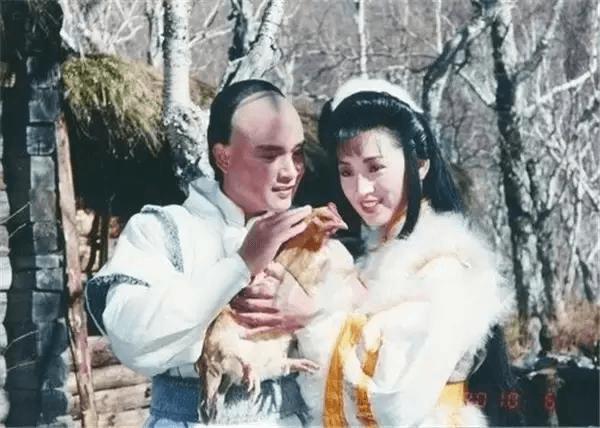 九一年內地台灣合作的《雪山飛狐》,龔慈恩演女主角程靈素,男主角是孟飛。