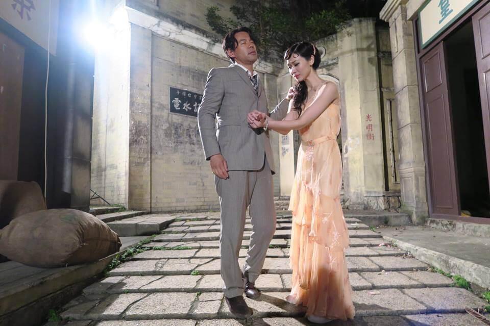在劇中,徐榮被楊秀惠以刀刺傷腹部,女兒包包看得淚盈於睫,幸得兒子在旁安慰及解釋只是拍戲。