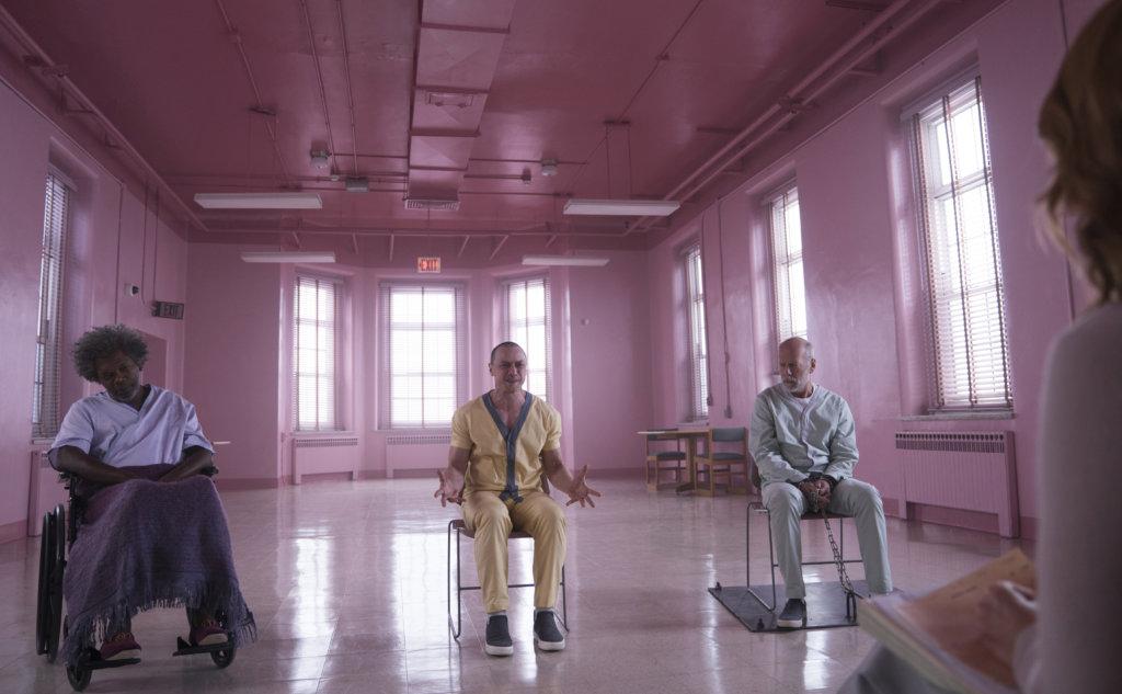 《不死劫》和《思.裂》出現的三位異能人,包括森姆積遜、布斯韋利士、占士麥艾禾今集要齊齊逃離瘋人院。
