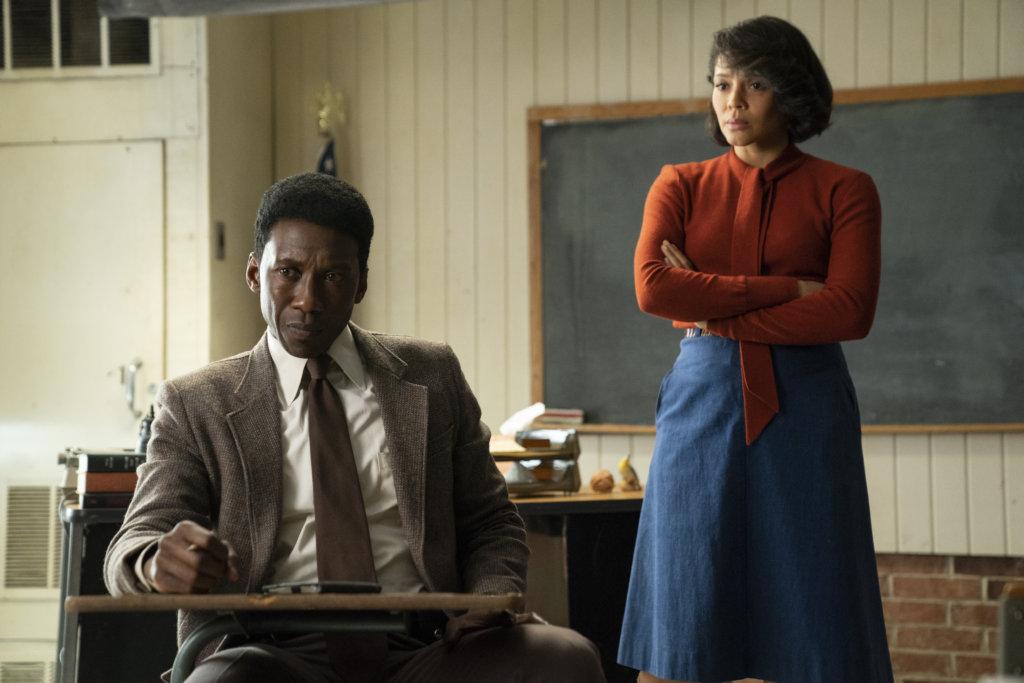 馬亞沙拉在《刑警雙雄》第三季中飾演警探,獲失蹤學生的老師協助查案,後來二人成為夫妻。