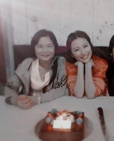 劉心悠與母親