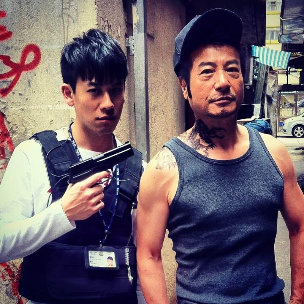 石修與兒子陳宇琛在戲中合作,一個演警察,一個演賊。