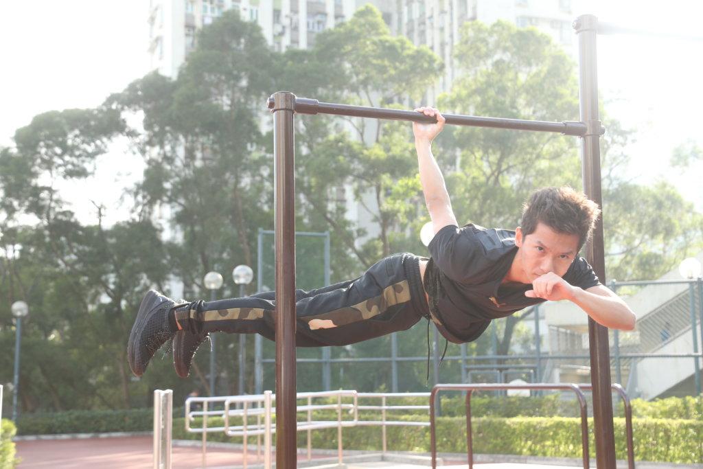 黃煒峰的自信來自健身