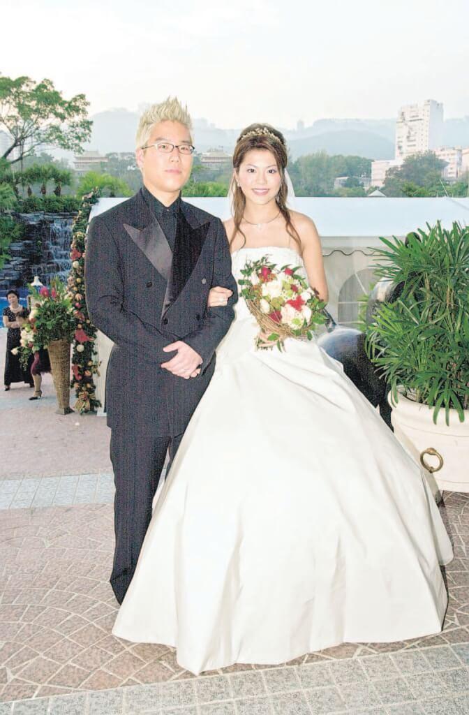 林曉峰和康子妮2002年結婚