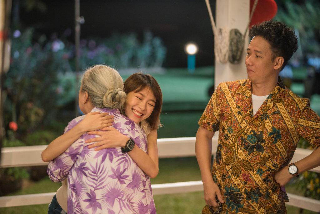 來自馬來西亞的阿牛與林明禎,很開心跟邵音音合作,戲中音音飾演阿牛媽媽。