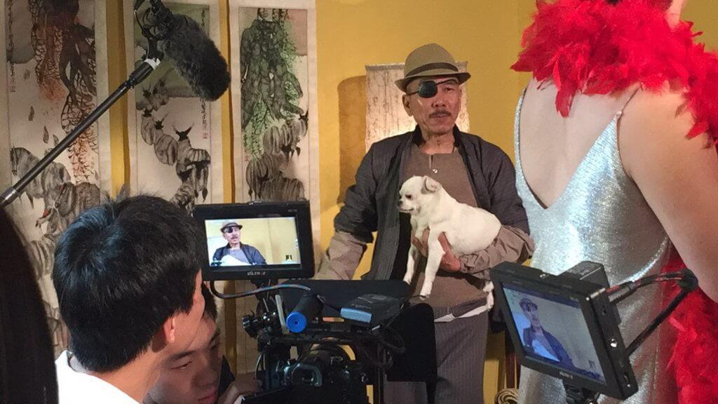 Popeye在一六年與張雷一起拍攝網劇《神探茄喱啡》,表現淡定。