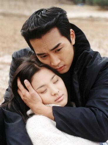 昭妍友情客串一幕戲中戲,卻不知道自己在重演經典作《藍色生死戀》!