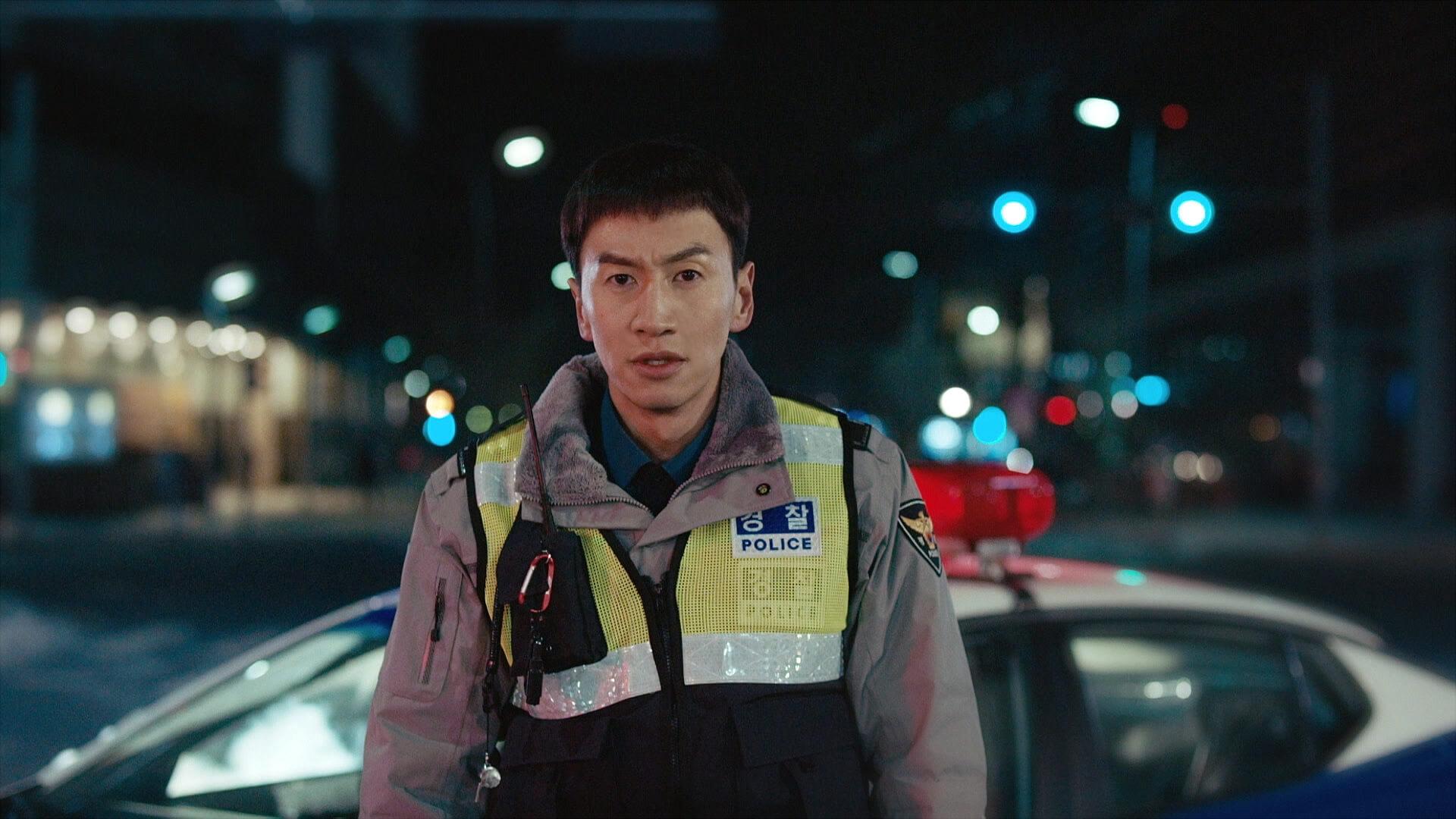光洙因工作關係常常展現搞笑一面,甚至帶點輕浮,但其實他是名正直青年呢!