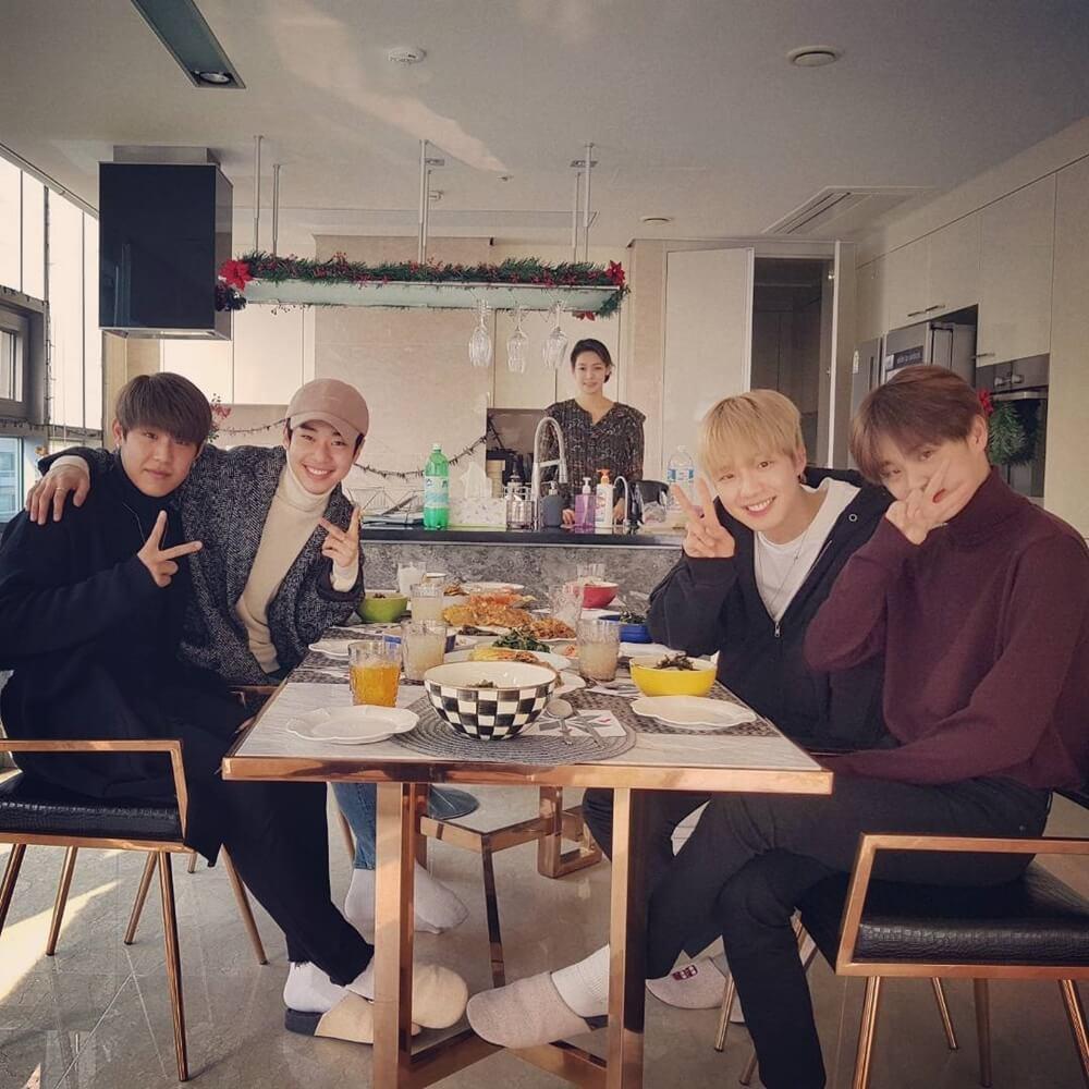 朴佑鎮、金東賢、林煐岷、李大輝所組成的BRANDNEW BOYS(暫名),估計四至五月出道。