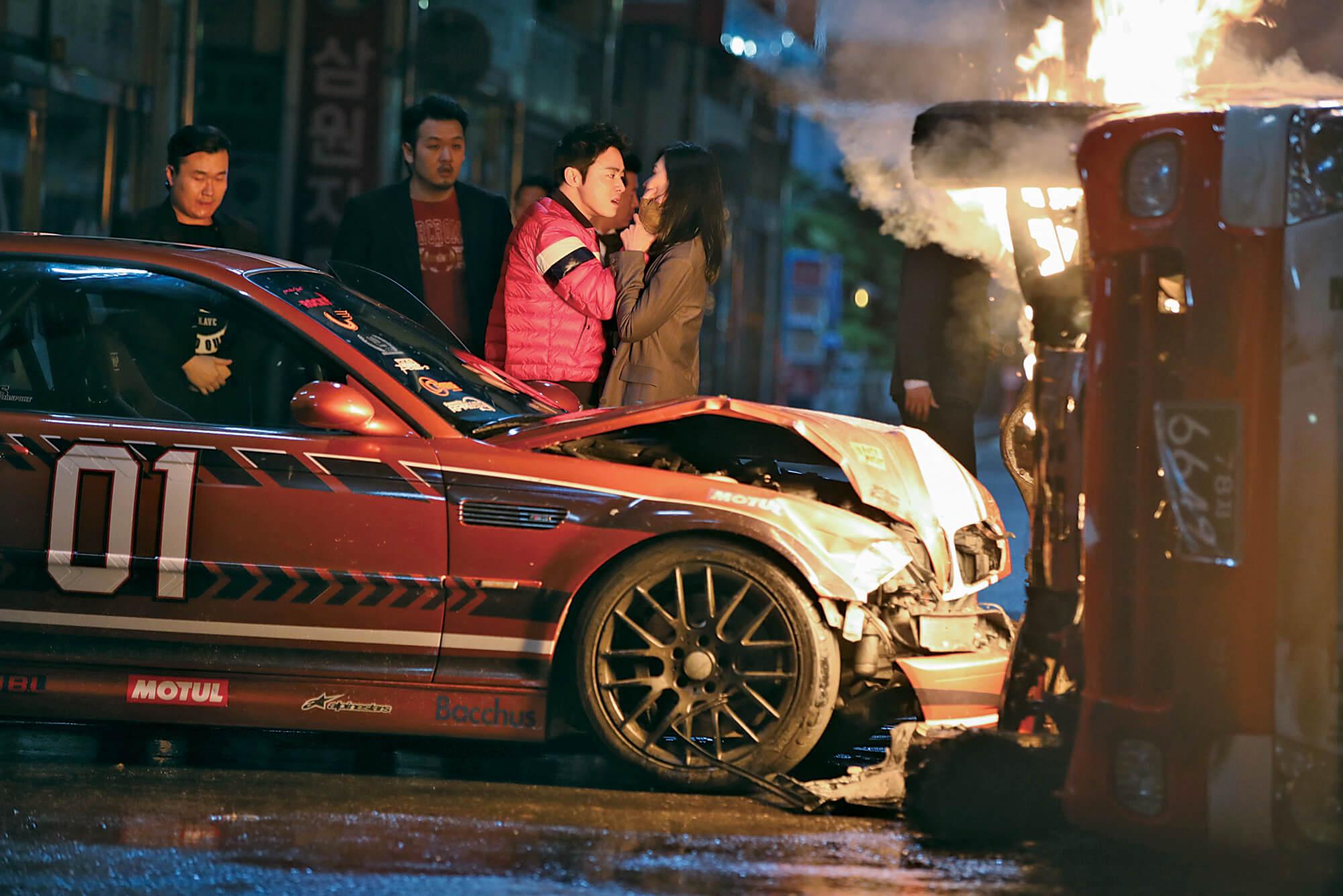 曹政奭在戲中飾演火爆車手,是他第一次演反角。