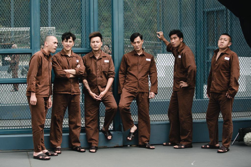 林峯飾演的富二代曹元元,在獄中擴大自己勢力。