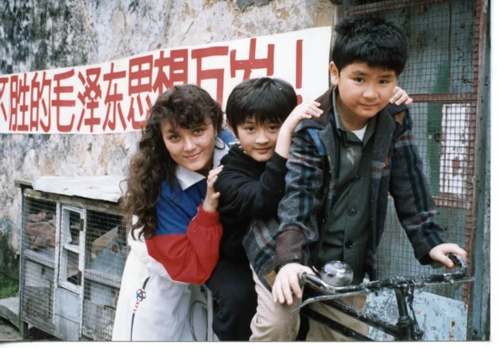 李泳漢與孿生胞弟李泳豪因為喜歡台灣的小彬彬而自薦當童星,結果參演了多套劇集,而且演技備受肯定。