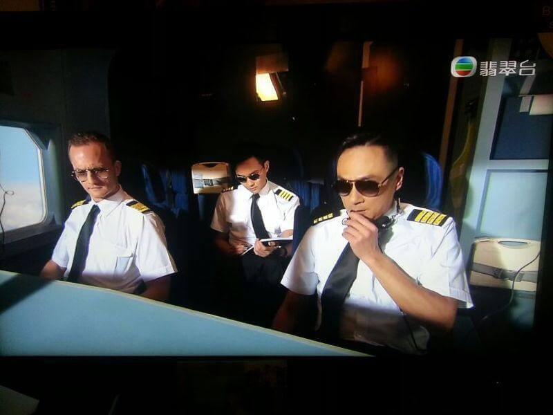 黃秋生及吳鎮宇是布偉條的偶像,能夠與偶像在《衝上雲霄》中同演飛機師,他亦分外興奮。