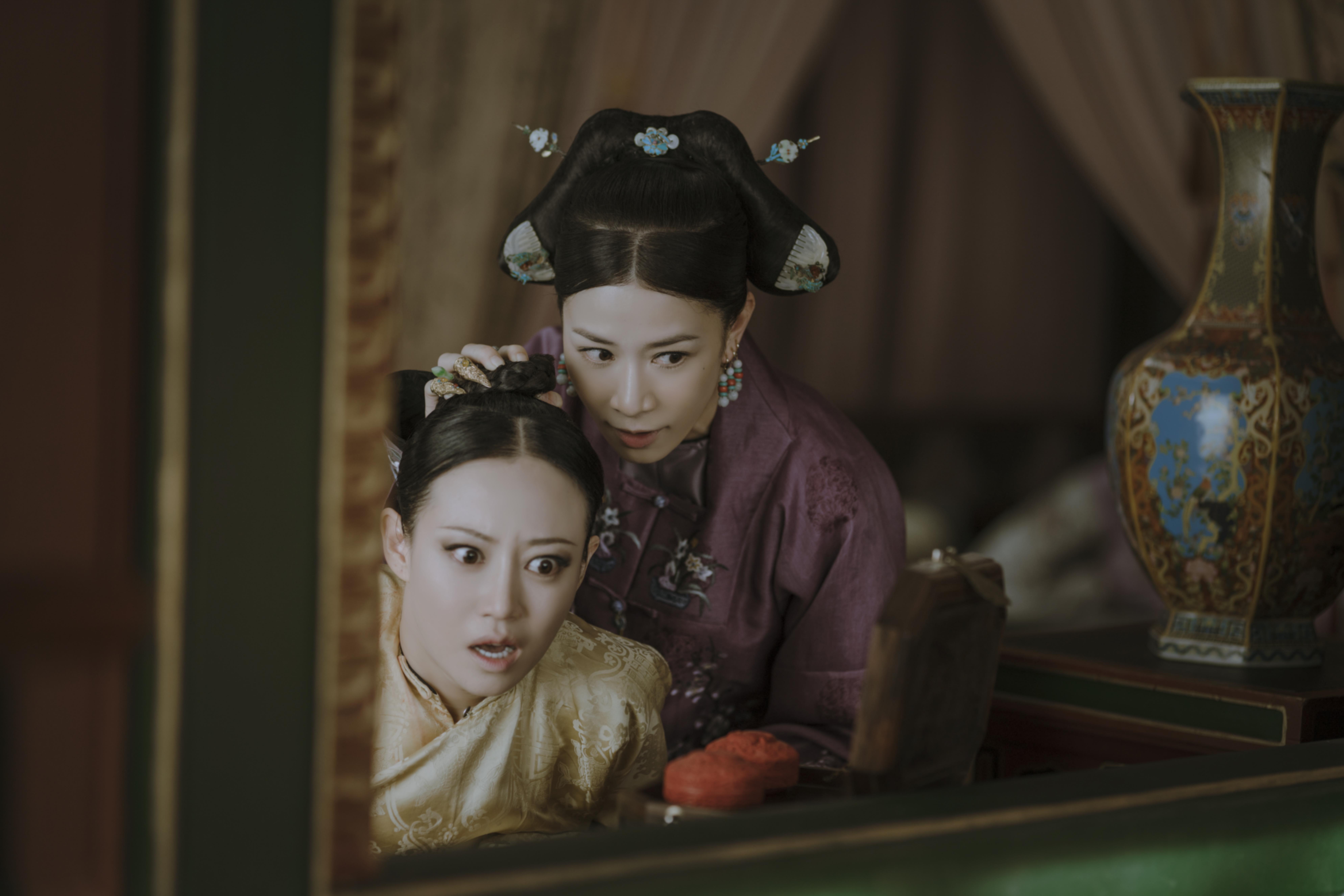 高貴妃和阿佘飾演的嫻妃有不少經典場面,兩人火花十足。