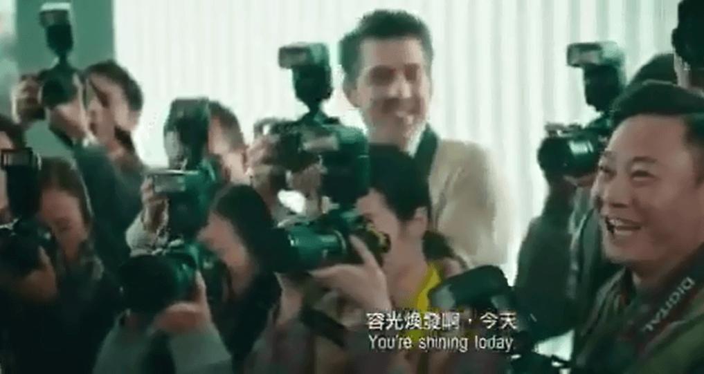 Gigi在戲中現身被傳媒包圍,其中一位攝影師就是Sergio,只有一秒鏡頭,要細心留意才看到。