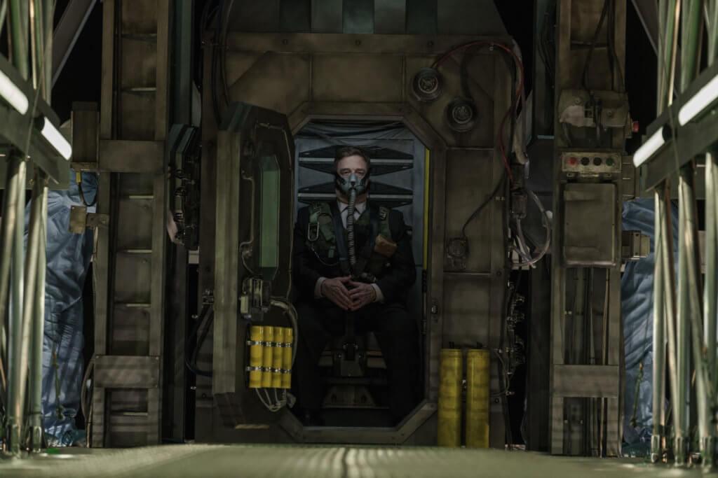 《天逆反擊戰》醞釀科幻版「無間道」式革命,結局非常轟烈。
