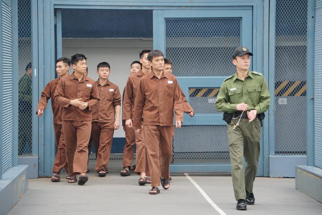 林家棟飾演前警司黃文彬,角色是延續五年前的《Z風暴》。