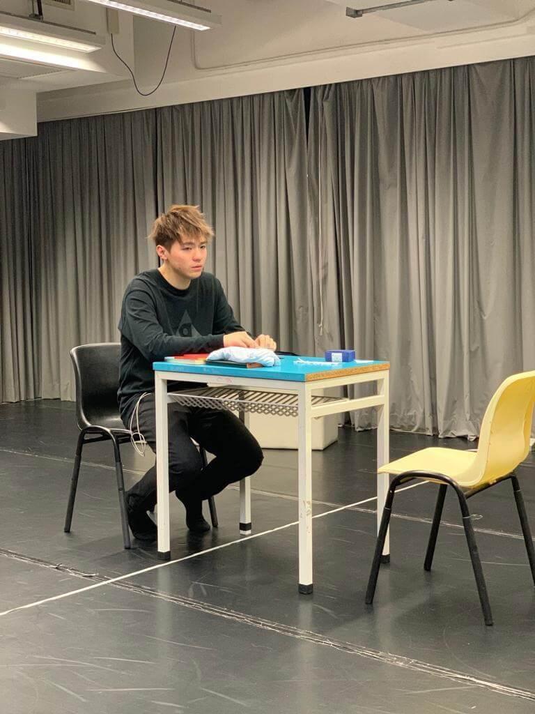 Ian在舞台劇中飾演一個說故事的人,近日密鑼緊鼓進行綵排。