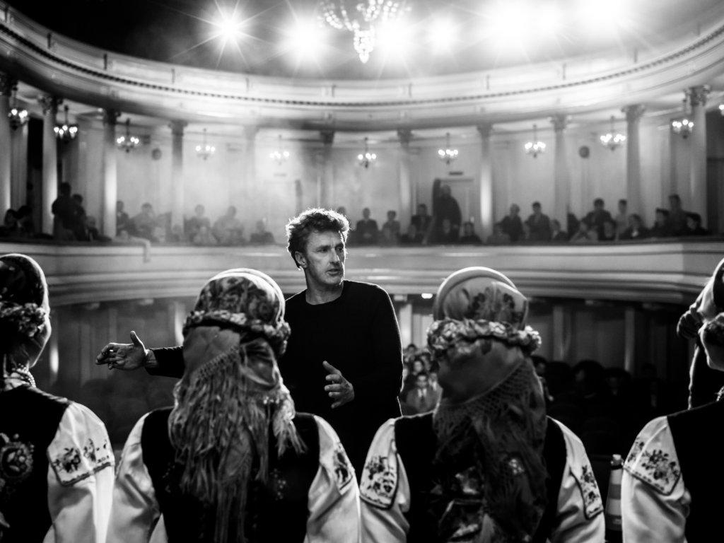 《冷戰戀曲》的黑白攝影淒美深邃,絕對有大師級風範。