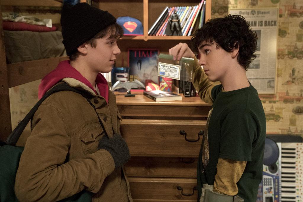 亞沙安祖(左)與積戴倫加薩兩位少年主角發展打死不離兄弟情