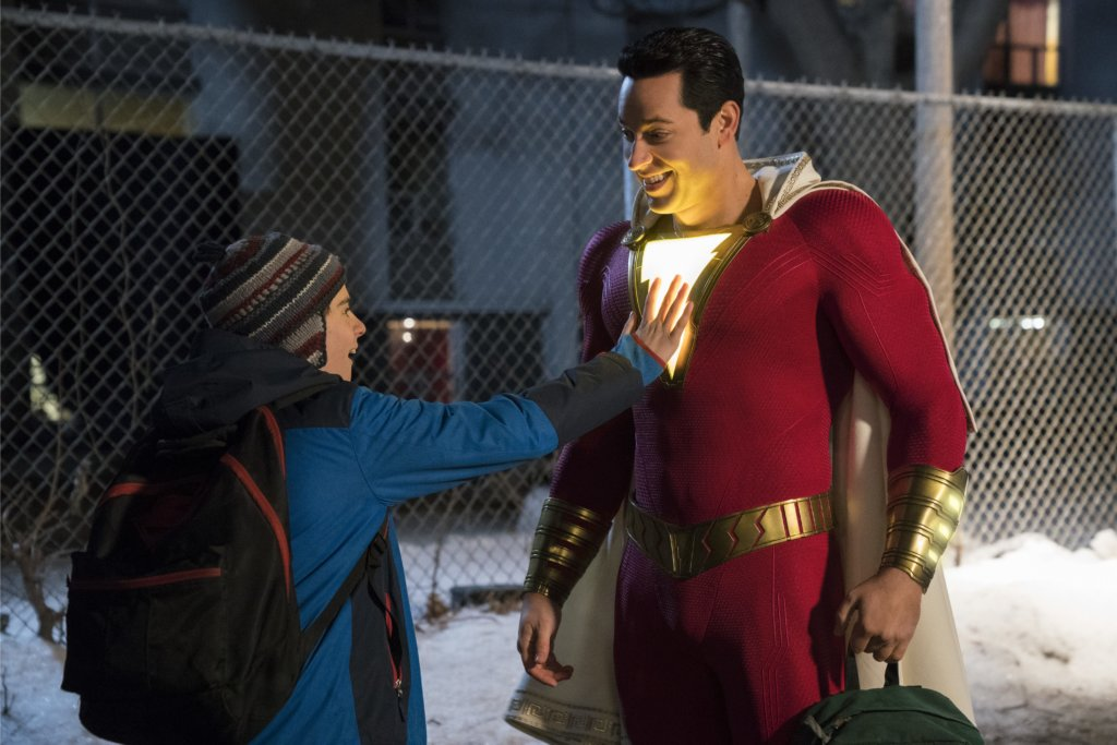 孤兒比利變成沙贊,令身為超級英雄迷的佛迪非常興奮。