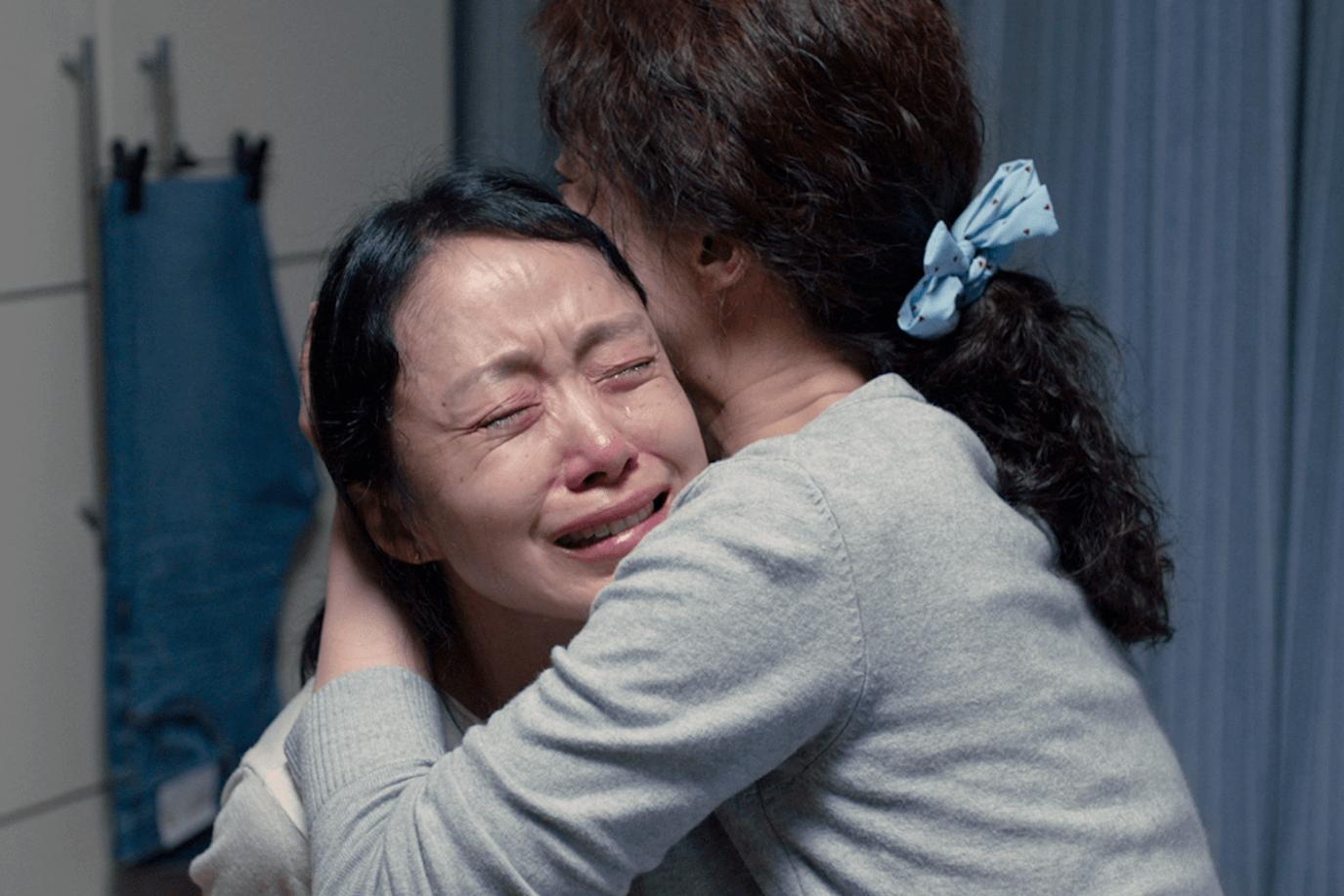 全度妍當初收到劇本哭了不少,卻因感到故事帶來的壓力而推辭,結果故事在腦海中揮之不去,放不下來,最終因電影「傷悲不以傷悲來終結」,鼓起勇氣接拍。